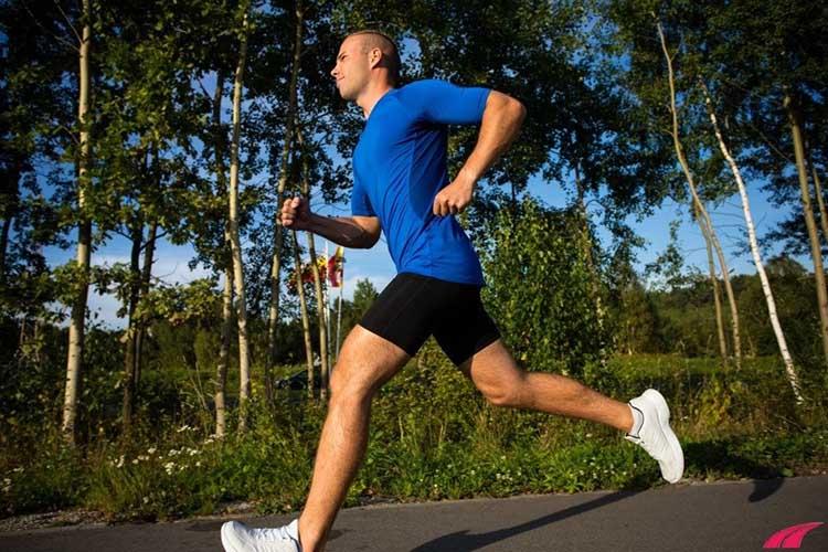 Nam giới cải thiện xuất tinh sớm bằng việc chạy bộ hoặc đi bộ